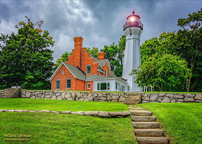 Photograph - Port Sanilac Light House by LeeAnn McLaneGoetz McLaneGoetzStudioLLCcom