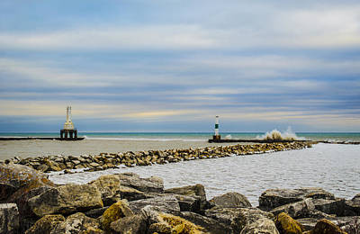 Photograph - Port Washington Light 5 by Deborah Smolinske