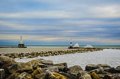 Photograph - Port Washington Light 6 by Deborah Smolinske