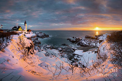 Photograph - Portland Head Light Punchbowl by Benjamin Williamson