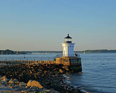 Photograph - Portland Maine Bug Light Park by Toby McGuire