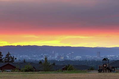 Wall Art - Photograph - Portland Skyline From Altamont Park At Sunset by David Gn