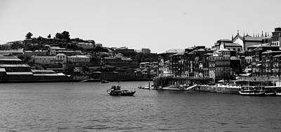 Photograph - Porto 14b by Andrew Fare