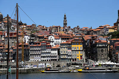 Photograph - Porto 9 by Andrew Fare