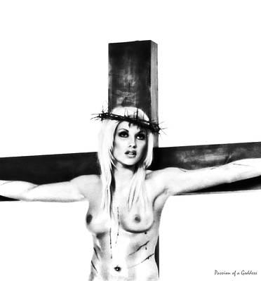 Christ On Cross Photograph - Portrait Highlight Crucifix by Ramon Martinez