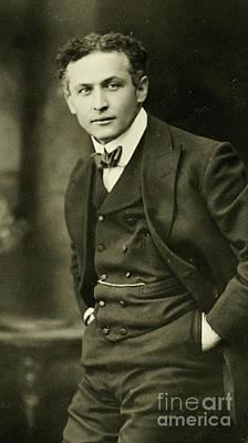 Portrait Of Harry Houdini, 1913 Art Print