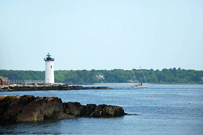Photograph - Portsmouth Harbor Lighthouse by Richard Gibb