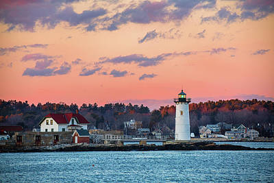 Photograph - Portsmouth Harbor Lighthouse by Robert Clifford