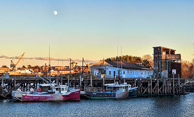 Photograph - Portsmouth Moon Rise by Heather Applegate