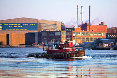 Photograph - Portsmouth Tug On The Piscataqua by Eric Gendron
