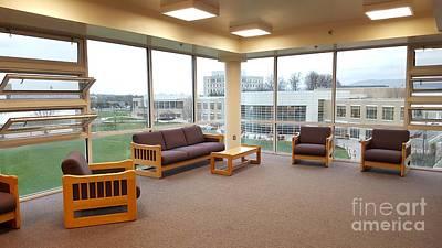 James Madison University Photograph - Potomac Hall Tv Lounge by Ben Schumin