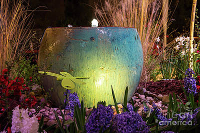 Photograph - Pottery Fountain by Kevin McCarthy