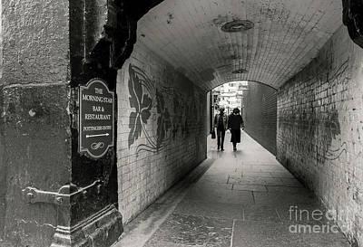 Photograph - Pottingers Entry, Belfast by Jim Orr