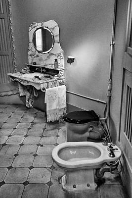 Photograph - Powder Room by Gary Lengyel