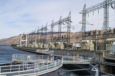 Photograph - Power Towers At Rocky Reach by Tom Cochran