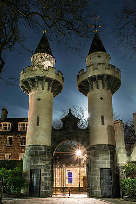 Photograph - Powis Towers _ Old Aberdeen by Veli Bariskan