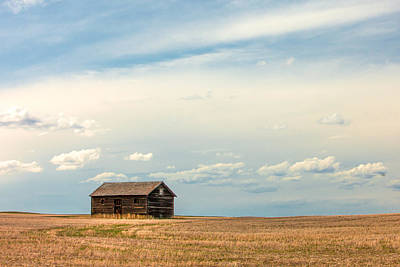 Photograph - Prairie Barn by Todd Klassy