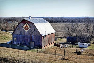 Quilt Block Photograph - Prairie Flower Quilt Barn by Cricket Hackmann