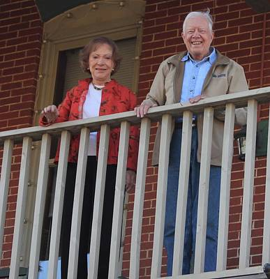 Photograph - President And Mrs Carter On Plains Inn Balcony by Jerry Battle