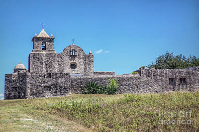 Photograph - Presidio La Bahia by Lynn Sprowl