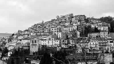 Photograph - Pretoro - A Timeless Landscape by Andrea Mazzocchetti