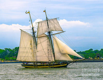 Photograph - Pride Of Baltimore II by Nick Zelinsky
