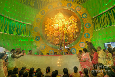 Venice Beach Bungalow - Priests carrying Sari Hindu dress for women for Goddess Durga Durga Puja festival Kolkata India by Rudra Narayan  Mitra
