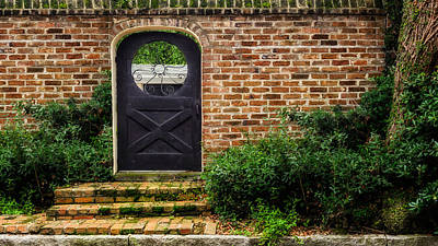 Photograph - Prioleau Street Entrance - Charleston - 1 by Frank J Benz