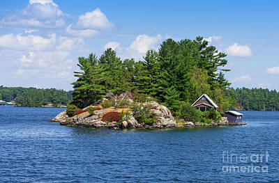 Photograph - Private Island by Les Palenik