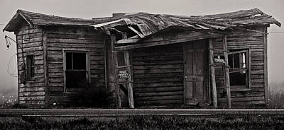 Photograph - Private Property. by Bill Jonscher