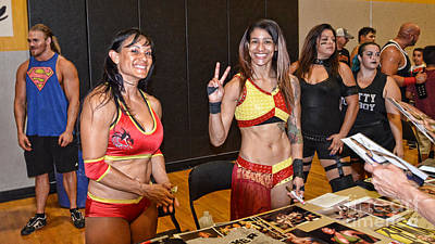 Photograph - Pro Wrestlers Kahmora And Nicole Savoy                    by Jim Fitzpatrick