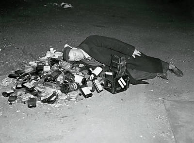 Photograph - Prohibition Ends Reveler 1933 by Daniel Hagerman
