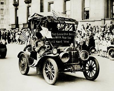 Photograph - Prohibition Parade by Vintage Pix