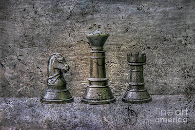 Valentines Day - Protecting the Queen Chess by Randy Steele