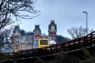 Photograph - Prt Running On The Track by Dan Friend