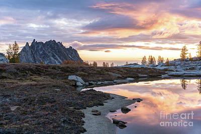 Photograph - Prusik Peak Golden Sunrise Light by Mike Reid