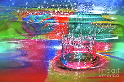 Photograph - Psychedelic Splash  by Kaye Menner