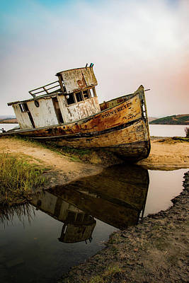 Photograph - Pt. Reyes Shipwreck 1 by Wendy Carrington