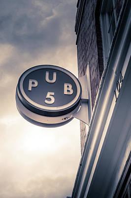 Pub5 Print by Art Spectrum