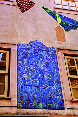 Photograph - Public Blue Tile by Rick Bragan