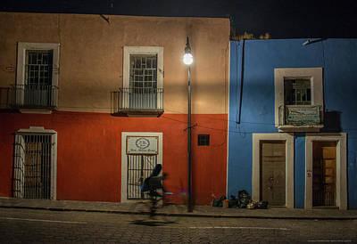 Puebla Painting - Puebla Guitar Shop by Doug LaRue