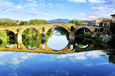 Photograph - Puente La Reina by Fabrizio Troiani