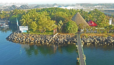 Photograph - Puerto Quetzal 1 by Ron Kandt