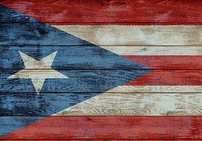 Mixed Media - Puerto Rico Flag Barn Door by Dan Sproul