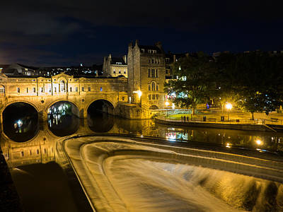 Photograph - Pulteney Bridge At Night by Trevor Wintle