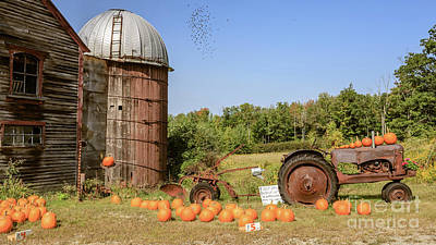 Farm Stand Photograph - Pumpkins For Sale Thanks For Your Honesty by Edward Fielding