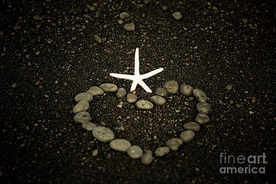 Photograph - Punaluu Beach 6 by Daniel Knighton