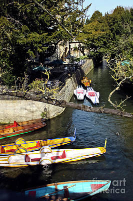 Photograph - Punt From Magdalen Bridge Oxford by Terri Waters