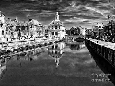 Vancouver Photograph - Purfleet Quay King's Lynn by John Edwards