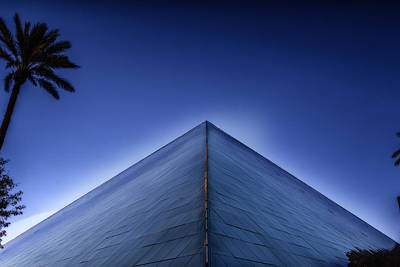 Viva Las Vegas Photograph - Purple Pyramid  by Gary Warnimont